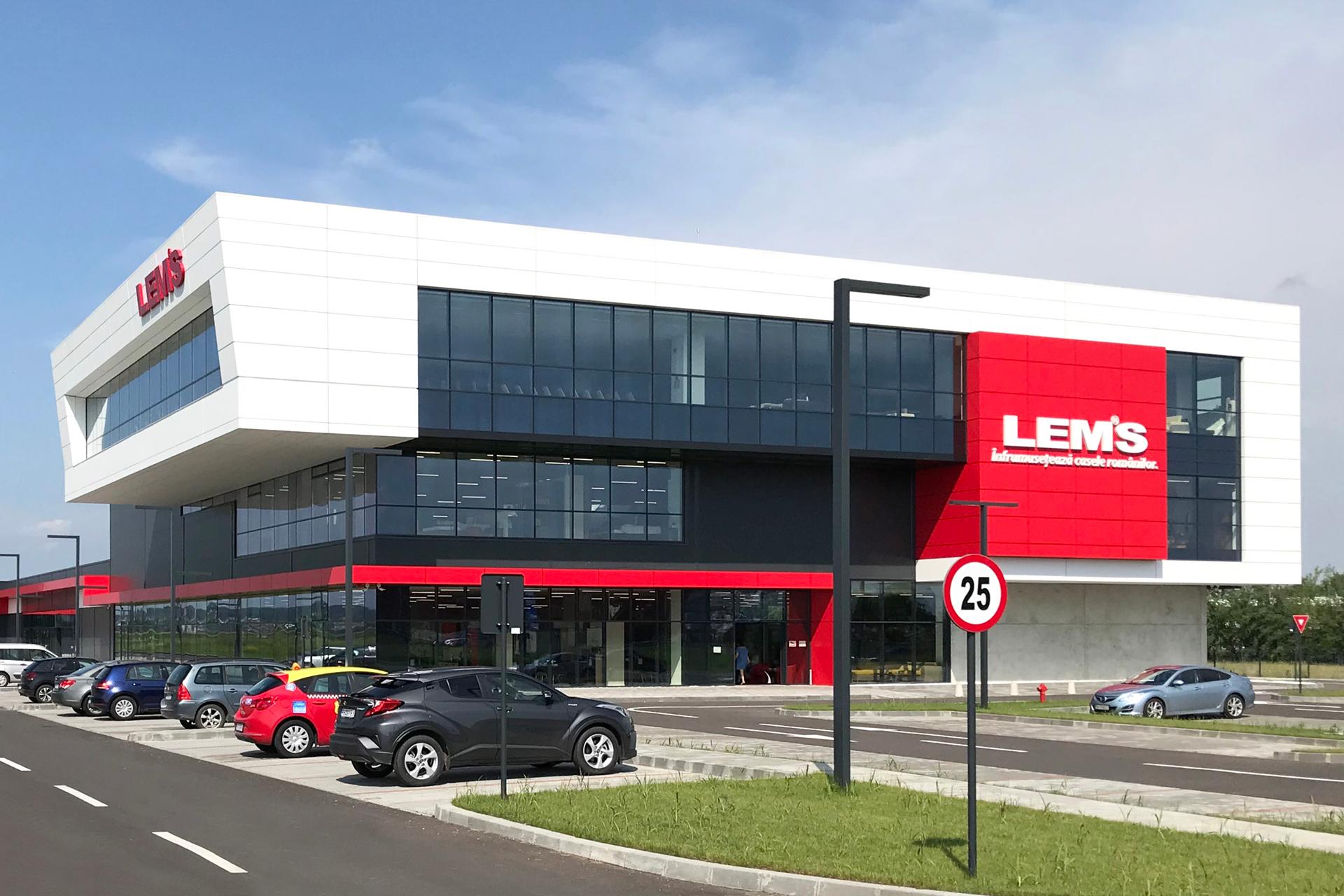 Mai 2019-LEMS deschide cel mai mare magazin din țară