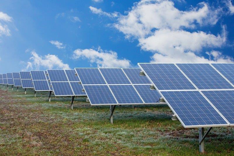 Electrica Furnizare se uită spre cea mai fierbinte piaţă a energiei, prosumatorii: Avem perspective de creştere semnificativă pentru anii următori pe soluţii solare